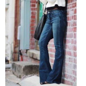 American Eagle Flare Jean